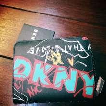 DKNY Genuine Original Authentic Original Black Ladies Leather Wallet Saffiano