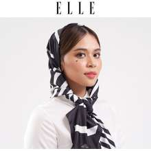 Elle Graphic Scarf [4 Colours To Choose]