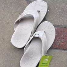 Scholl Clearance (Pre Order)